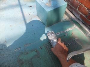 防水塗装工事 ケレン作業