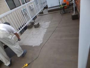 防水塗装工事 下塗り